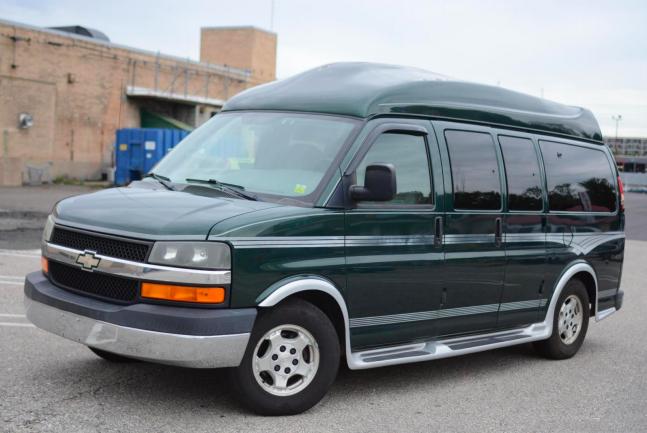 PONTI, samochody z USA, Chevrolet Express Cargo YF7 Upfitter