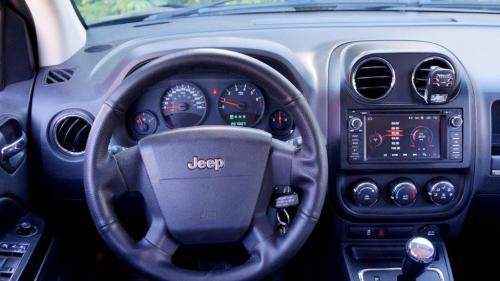 Jeep Compas 2010 (19)
