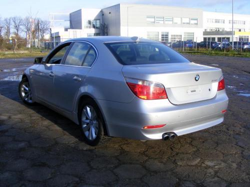 BMW 545i 2004 (11)