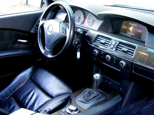 BMW 545i 2004 (18)