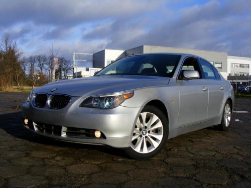 BMW 545i 2004 (3)