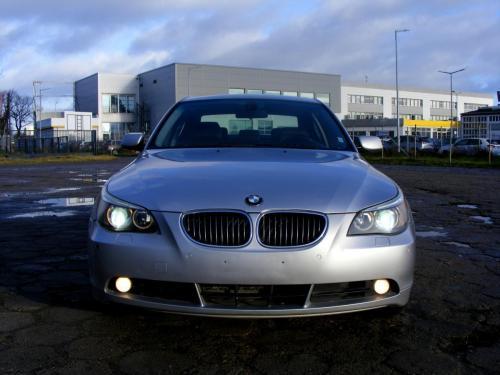 BMW 545i 2004 (4)