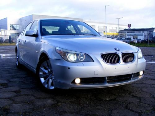 BMW 545i 2004 (6)