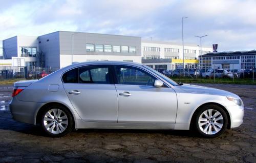 BMW 545i 2004 (7)