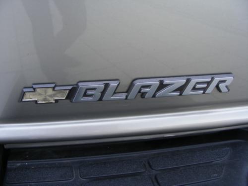 BMW I BLAZER 132 modified