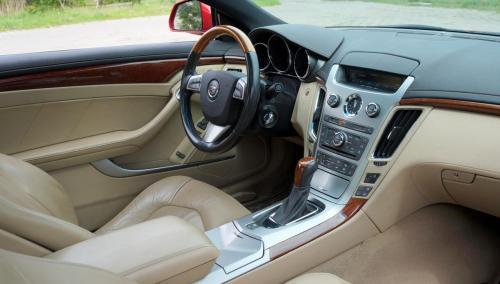 Cadillac CTS 2011 (1)