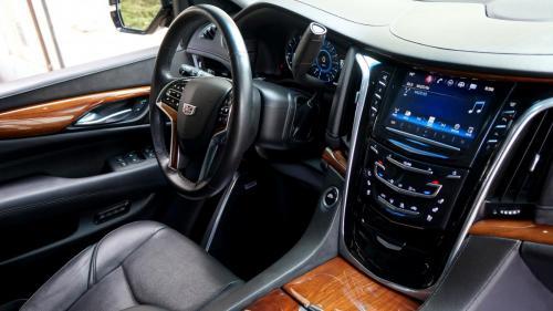 Cadillac Escalade 2016 (37)