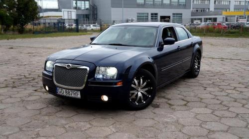 Chrysler 300 2005 (10)