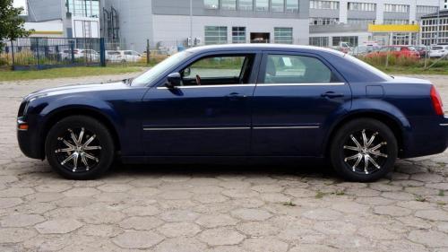 Chrysler 300 2005 (11)