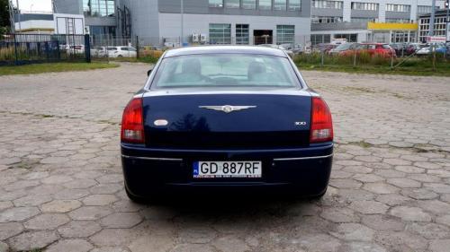 Chrysler 300 2005 (14)