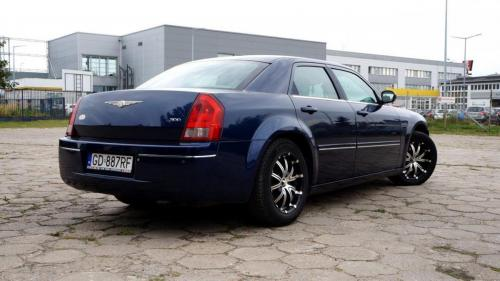 Chrysler 300 2005 (16)