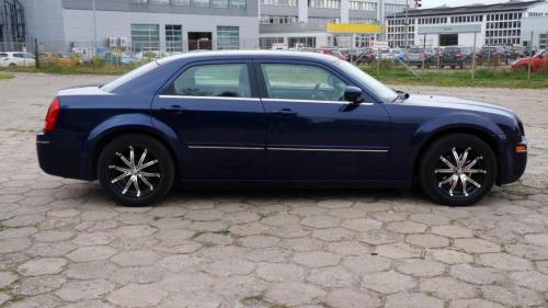 Chrysler 300 2005 (17)