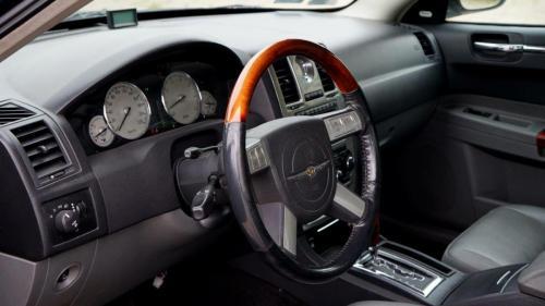 Chrysler 300 2005 (19)