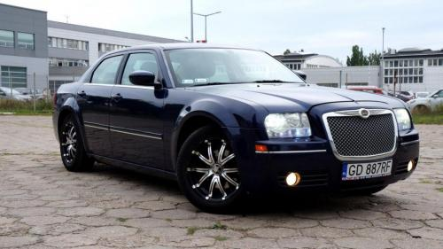 Chrysler 300 2005 (3)