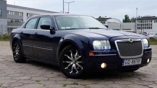 Chrysler 300 2005 (4)