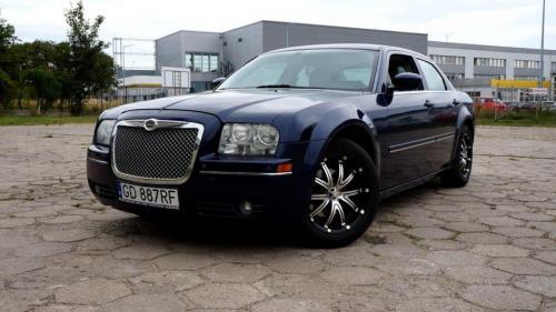 Chrysler 300 2005 (9)