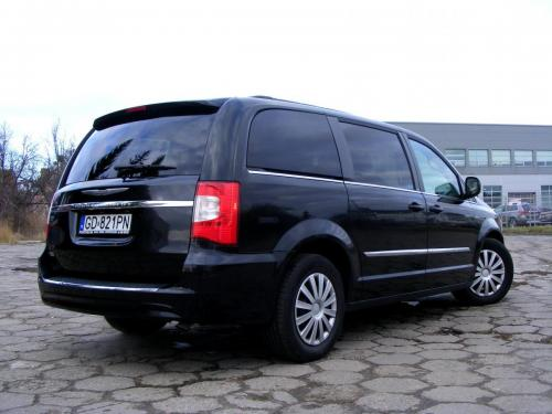 Chrysler Town  Country 2013 (11)
