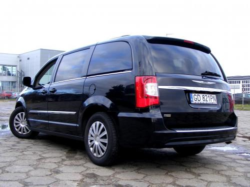 Chrysler Town  Country 2013 (7)