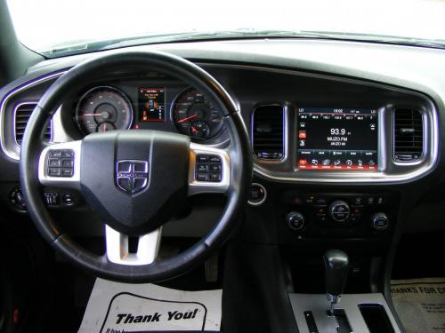 Dodge Charger 2012 5,7 HEMI (8)