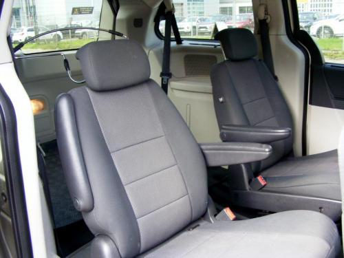 Dodge Grand Caravan 2008 (3)