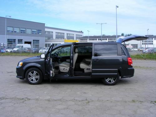 Dodge Grand Caravan 2011 Crew (2)