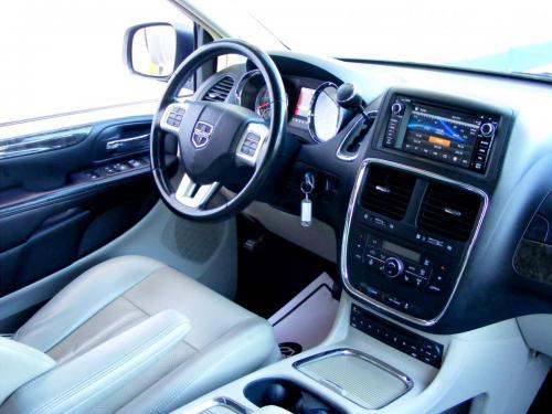 Dodge Grand Caravan 2011 Crew (24)