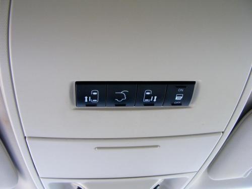 Dodge Grand Caravan 2011 Crew (4) (1)