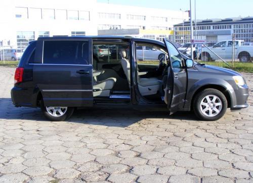 Dodge Grand Caravan 2011 Crew (9)