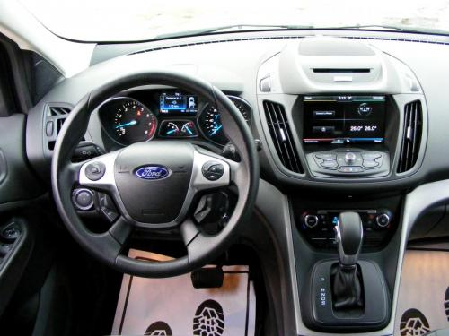 Ford Escape 2014 (23)