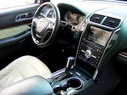 Ford Explorer 2016 3,5L AWD Platinium (22)