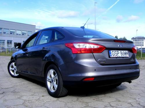 Ford Focus 2014 automat (12)