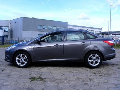 Ford Focus 2014 automat (14)