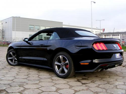 Ford Mustang 2015 Cabrio (10)