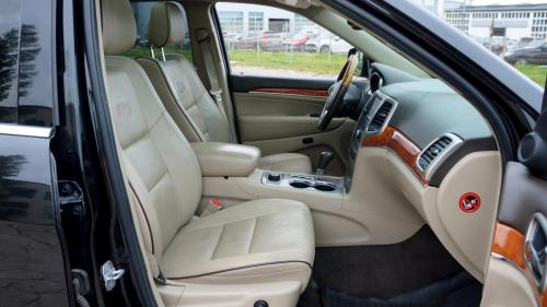 Jeep Grand Cherokee 2012 CRD Overland (17)