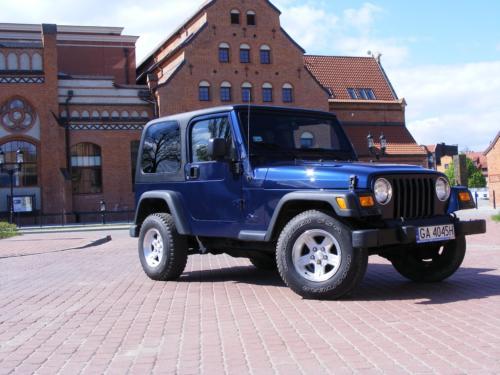 Jeep Wrangler 2004 bok prawy przod