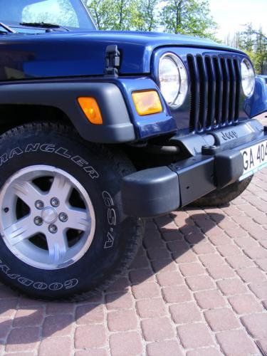 Jeep Wrangler 2004 przod kolo