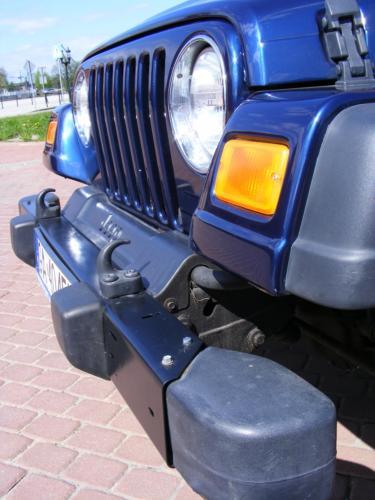 Jeep Wrangler 2004 przod swiatla