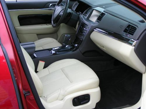 Lincoln MKS 2013 (1)