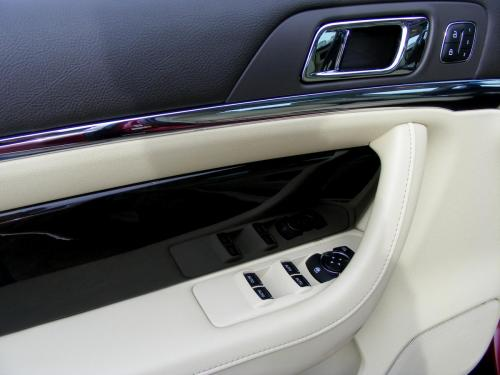 Lincoln MKS 2013 (12)
