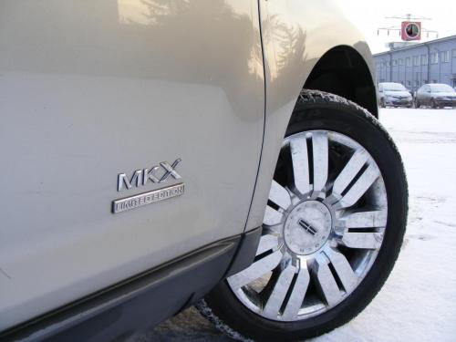 Lincoln MKX (1)