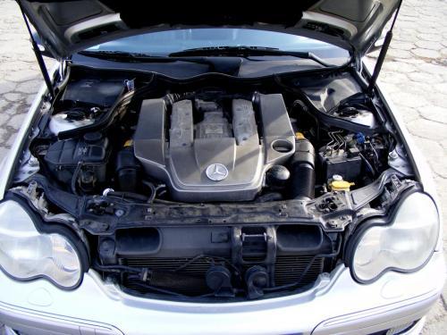 Mercedes C32 AMG 2001 (1)
