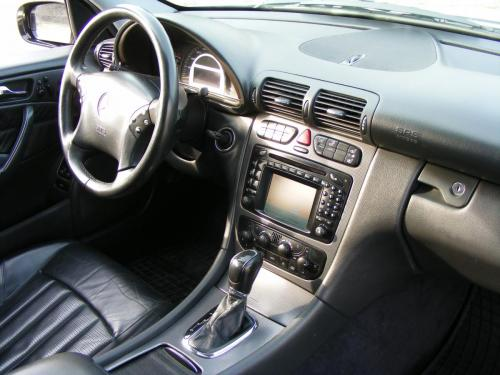 Mercedes C32 AMG 2001 (20)