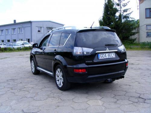 Mitsubishi Outlander 2010 (1)