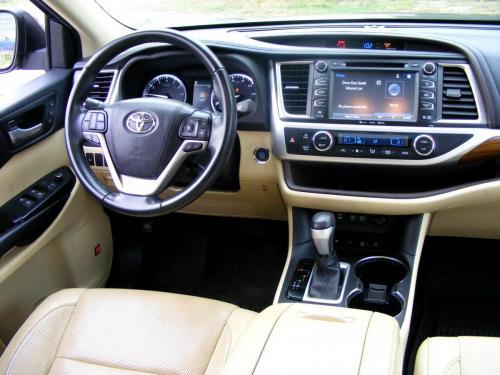 Toyota Highlander 2017 Limited AWD (18)