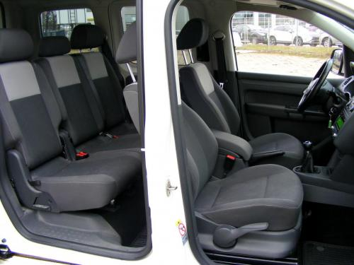 VW Caddy 2012 (17)