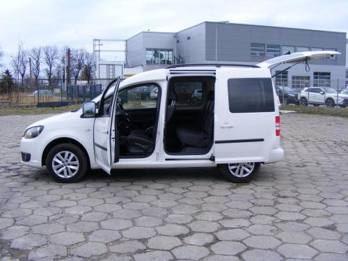 VW Caddy 2012 (8)