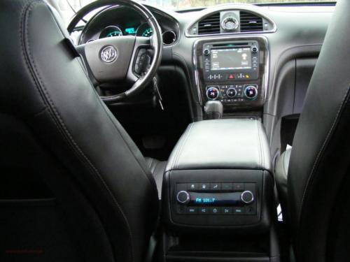 buick-enclave-awd-2015[15]