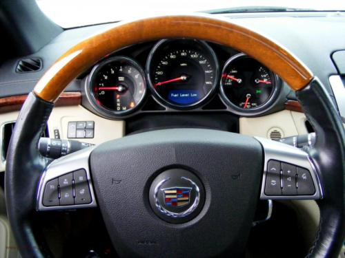 cadillac-cts-coupe-2011-awd[9]