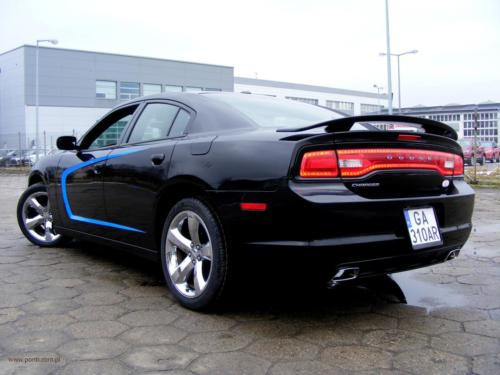 dodge-charger-2011[2]