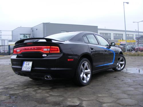 dodge-charger-2011[6]